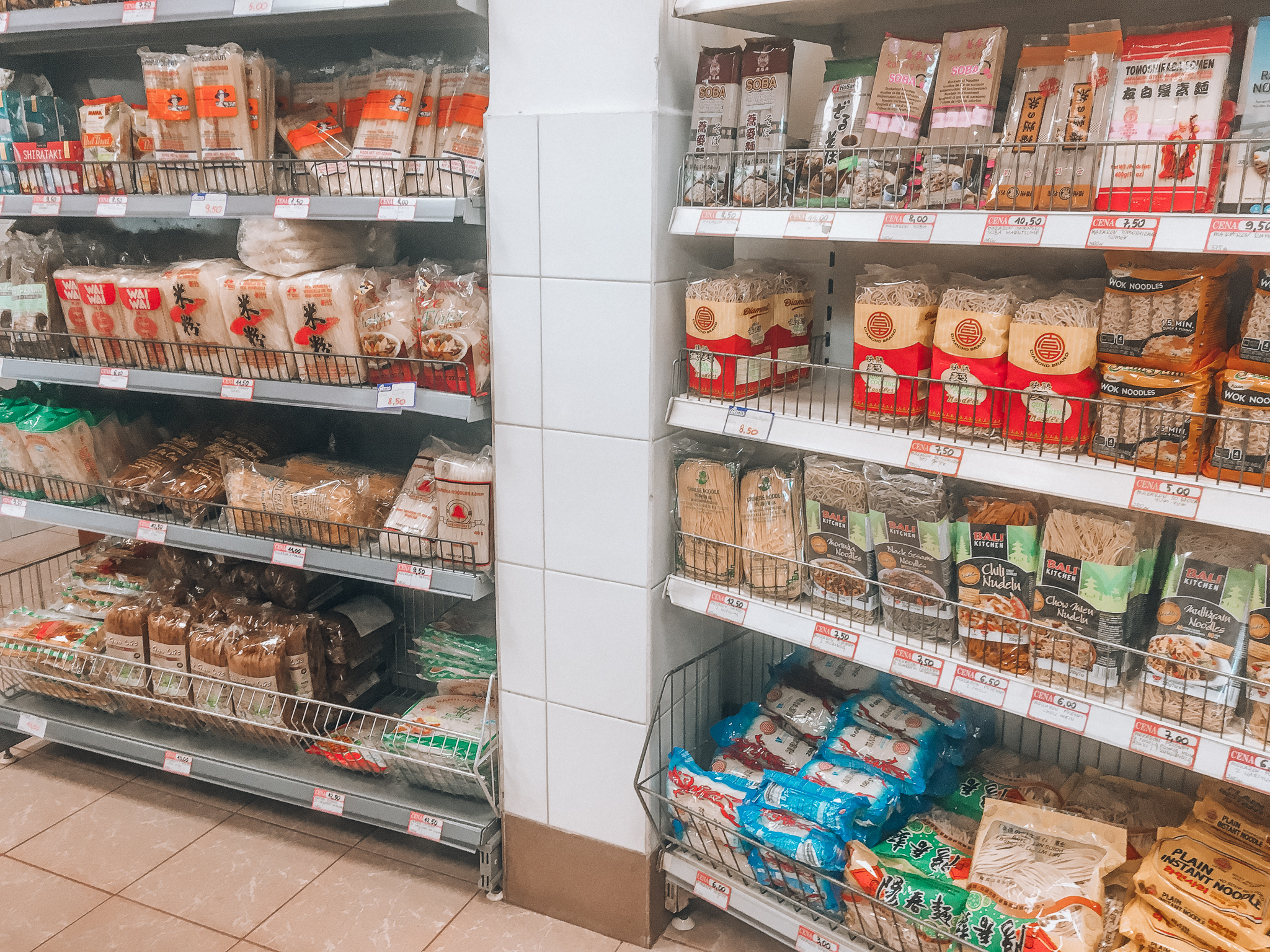 Kuchnie Swiata Sekretne Sklepy I Spoty Z Produktami Spozywczymi W Warszawie Warsaw Wanderer